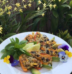 7 Day Easy Vegan Plan Lunch: stuffed capsicum